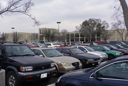 Taxa auto a fost amanata pentru 2013