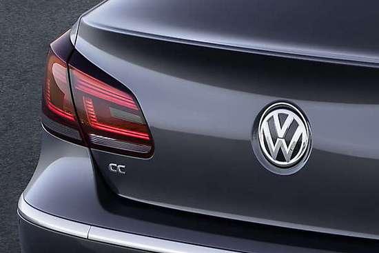 Un nou Volkswagen Passat cu 200 CP este asteptat pentru 2014