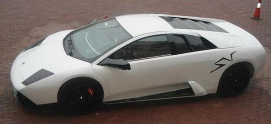 Chinezii au realizat replici ale Lamborghini, disponibile pentru 52.000 de euro