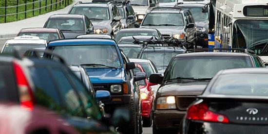 Inmatricularile de autoturisme noi in Romania, cu 13% mai scazute in octombrie