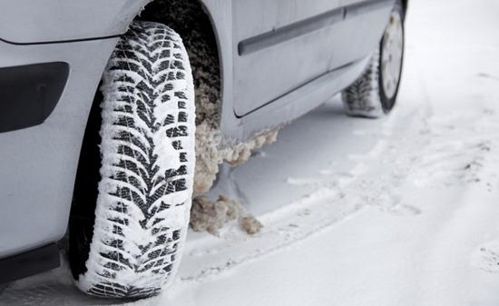 Nu mai ai anvelope de iarna? Este posibil sa nu primesti despagubiri prin Casco