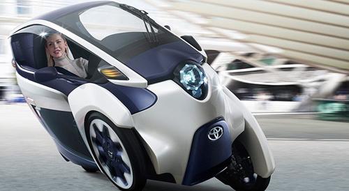 Toyota i-Road, masina pe trei roti