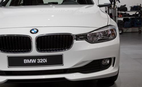 176.000 de masini rechemate in service de BMW pentru probleme la frane