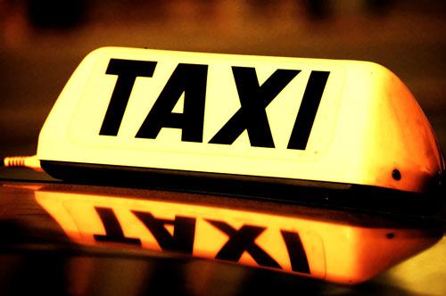 Statie oficiala de taxi la Gara de Nord